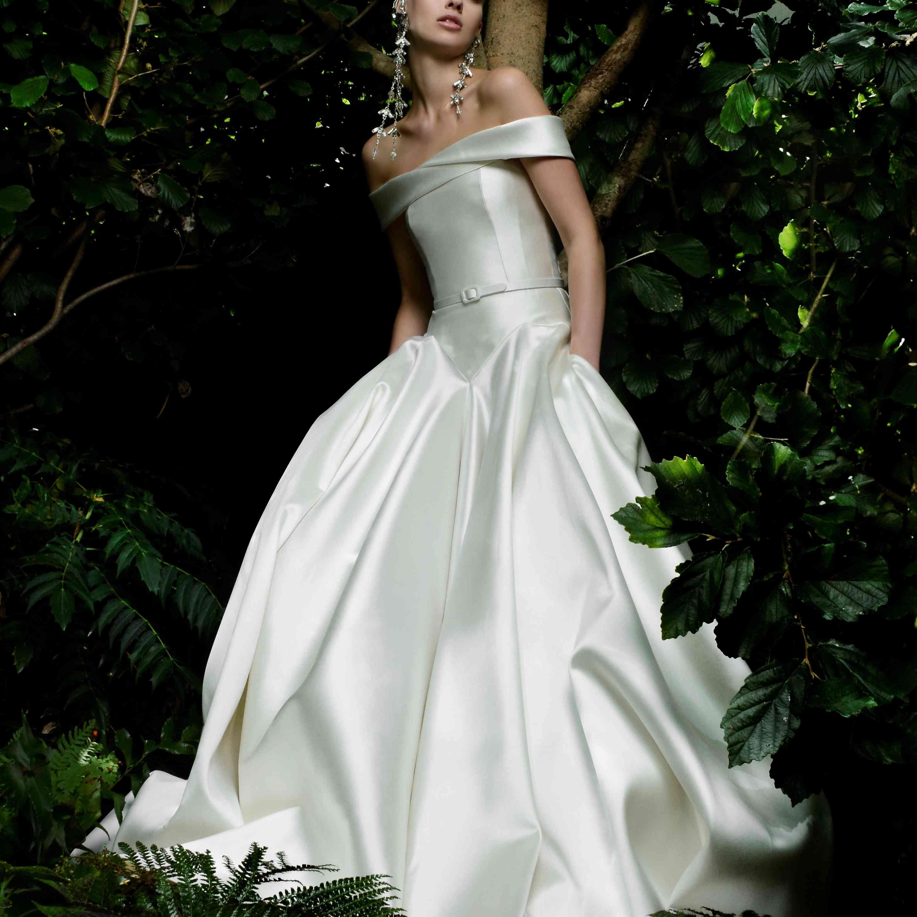 moraine wedding dress naeem khan