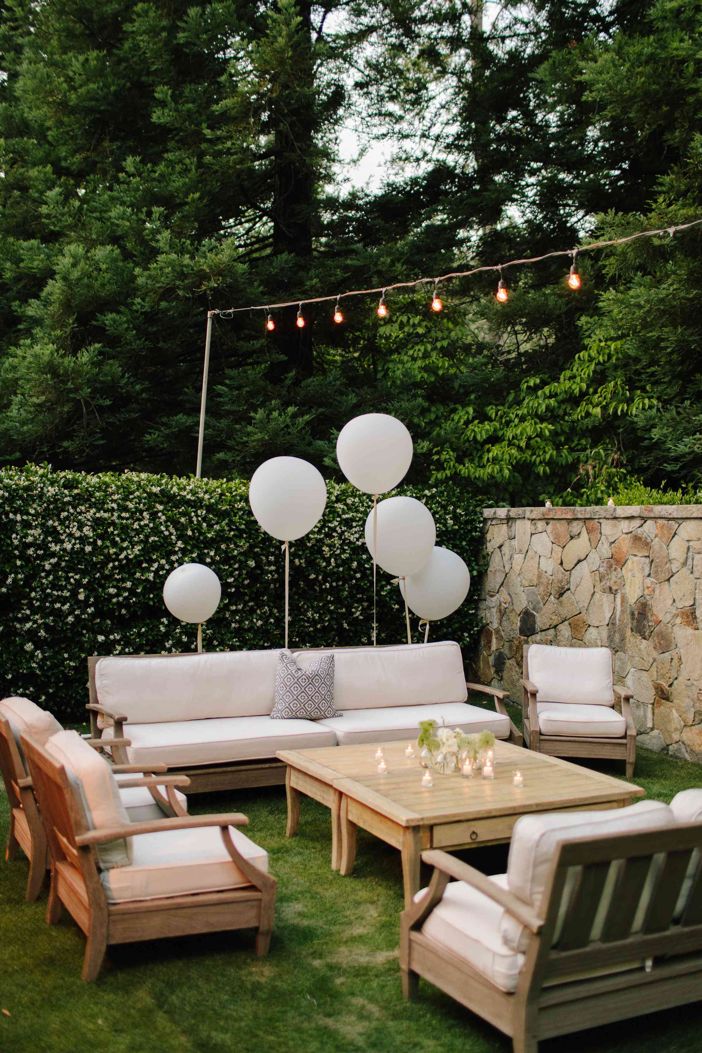 <p>lounge area cocktail hour</p><br><br>