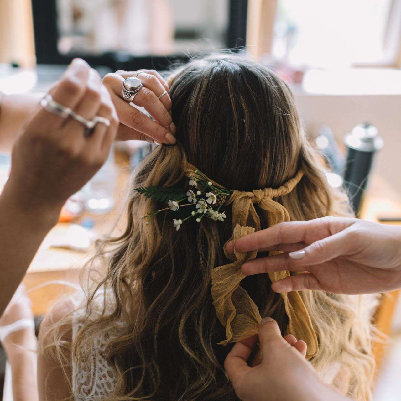 Loose Waves Tied with a Ribbon
