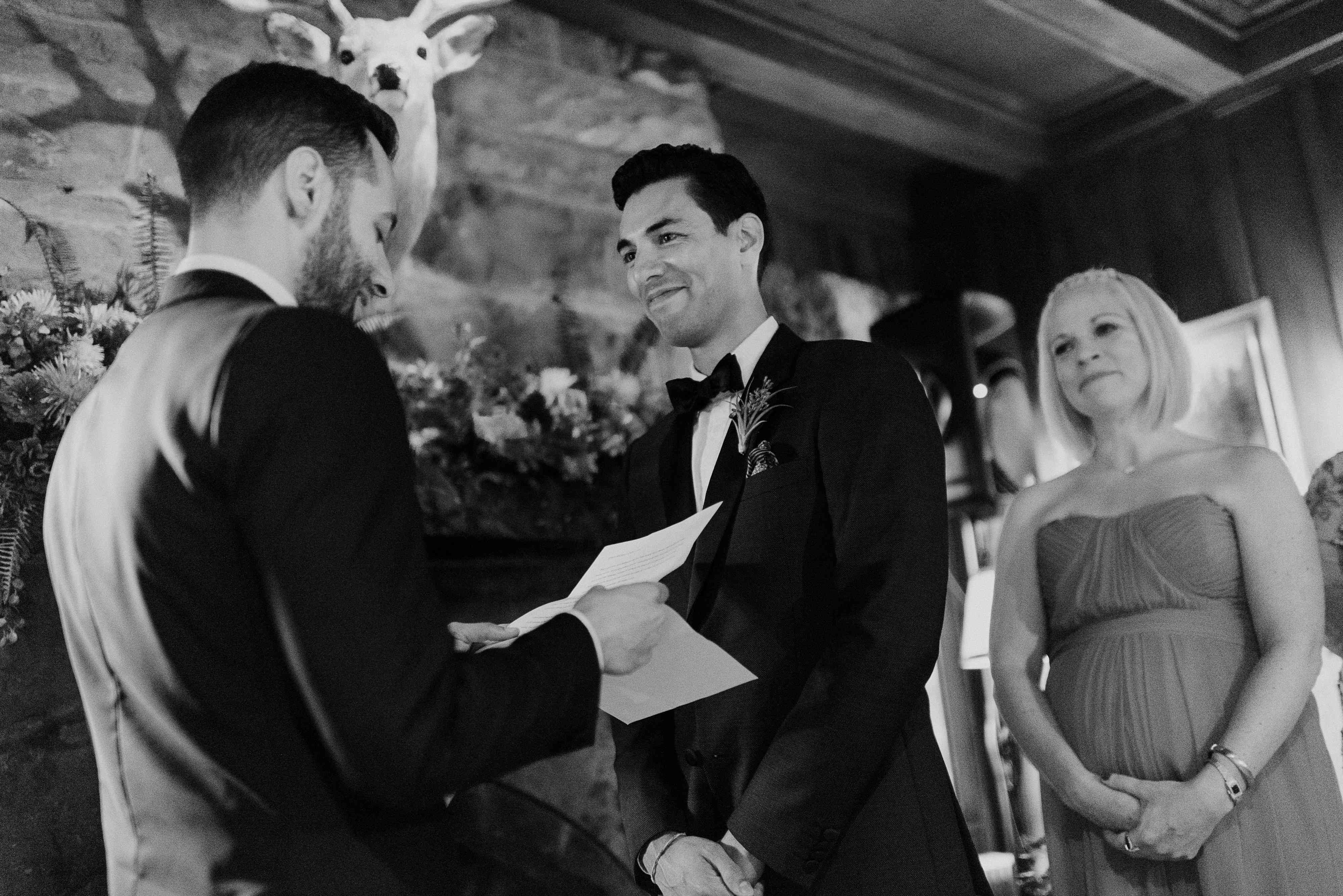 Grooms reading vows