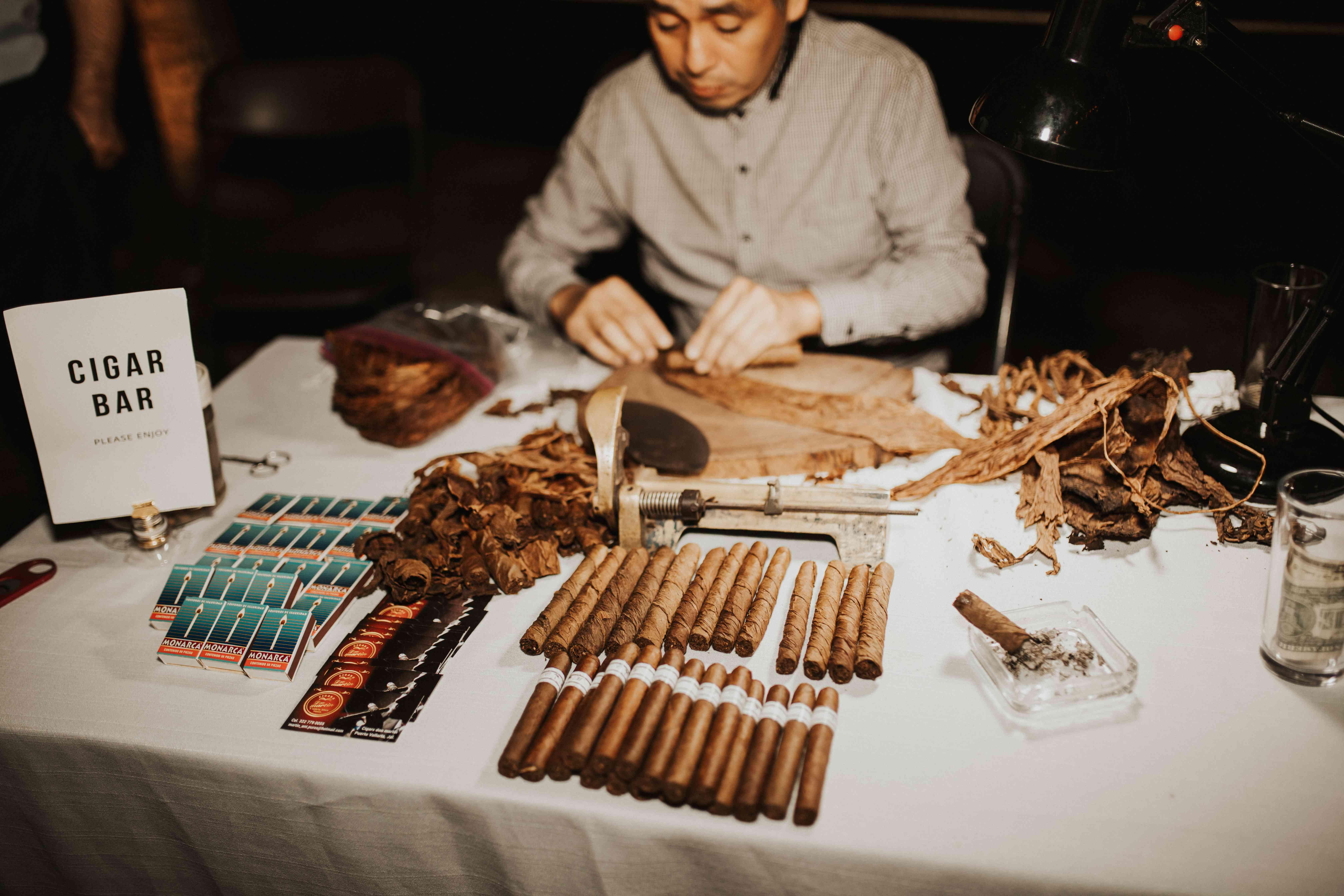 Cigar Bar with cigar roller