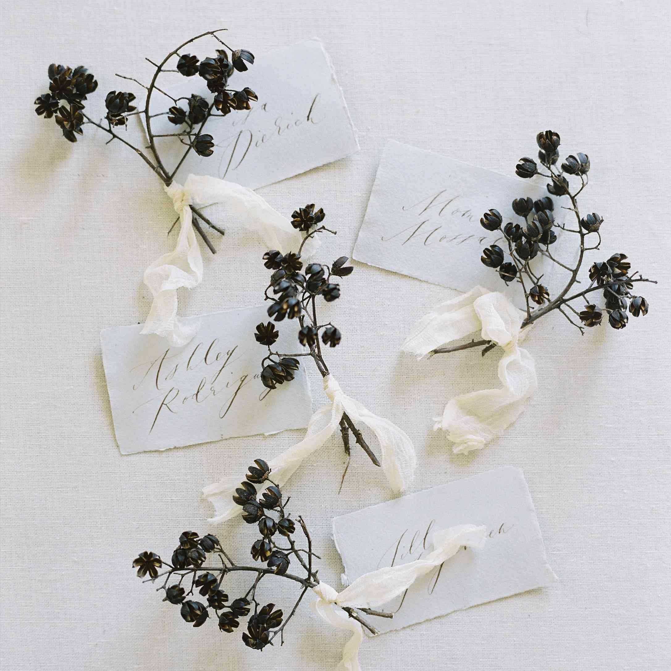 Dried flower boutonniere