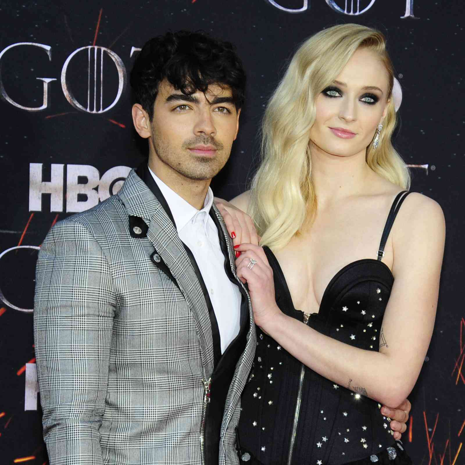 Sophie Turner Wedding.Sophie Turner Takes Husband Joe Jonas S Last Name After Vegas Wedding