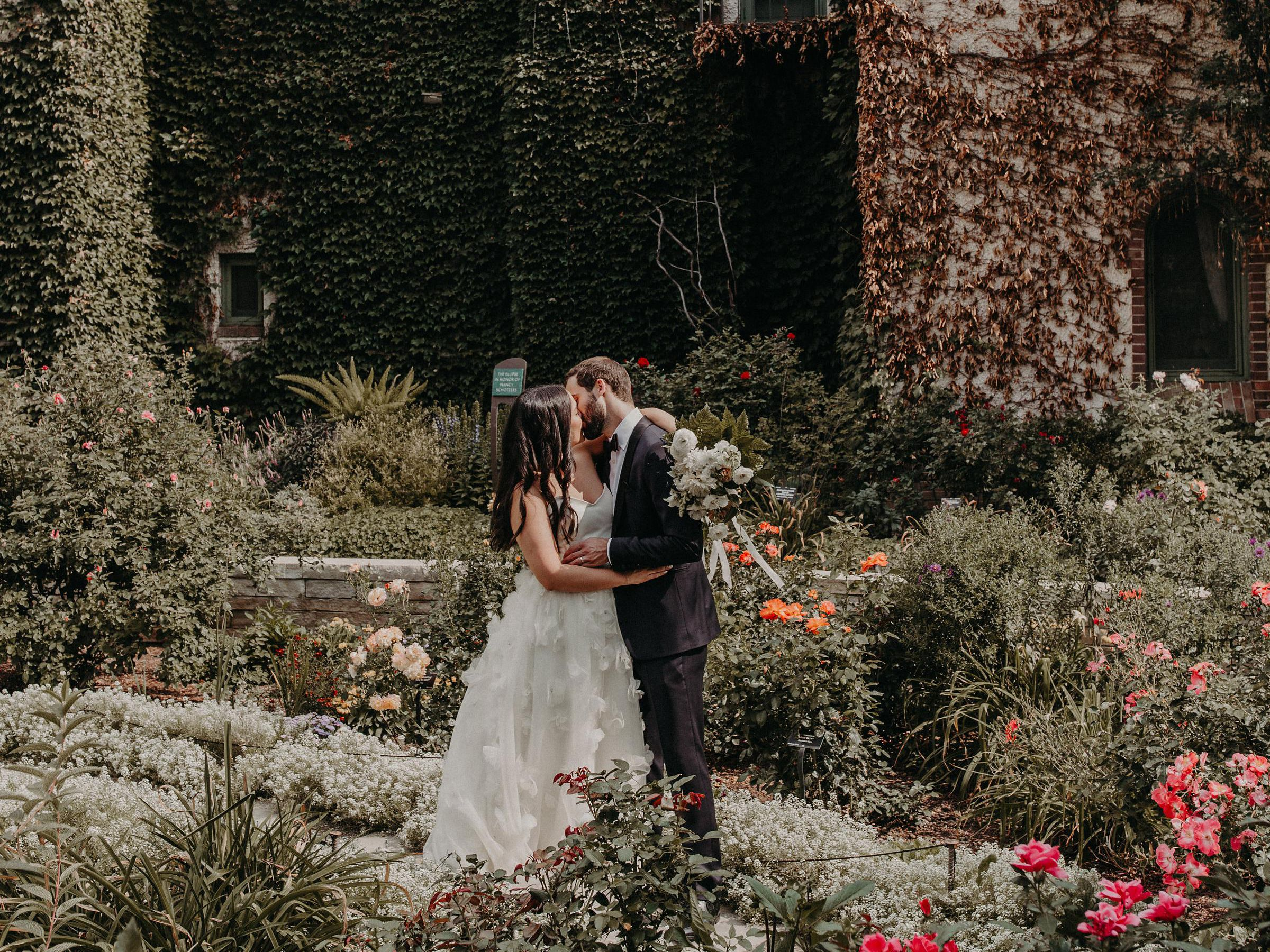 18 Romantic Wedding Ideas You Ll Fall For