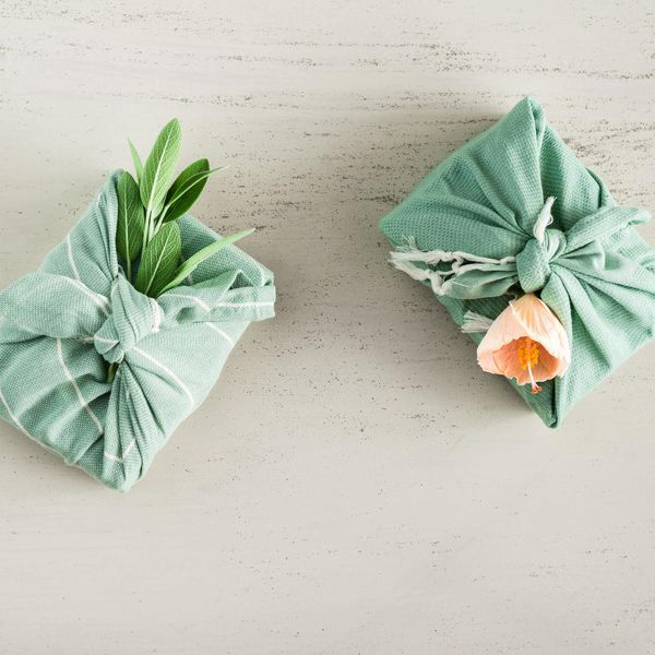 Wedding Gift Ideas.47 Unique Wedding Gift Ideas That Fit All Of Your Guests Budgets