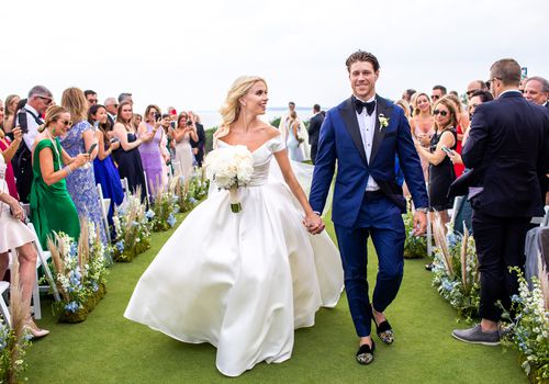 A Chic Coastal Wedding With Blue Accents In Southampton New York