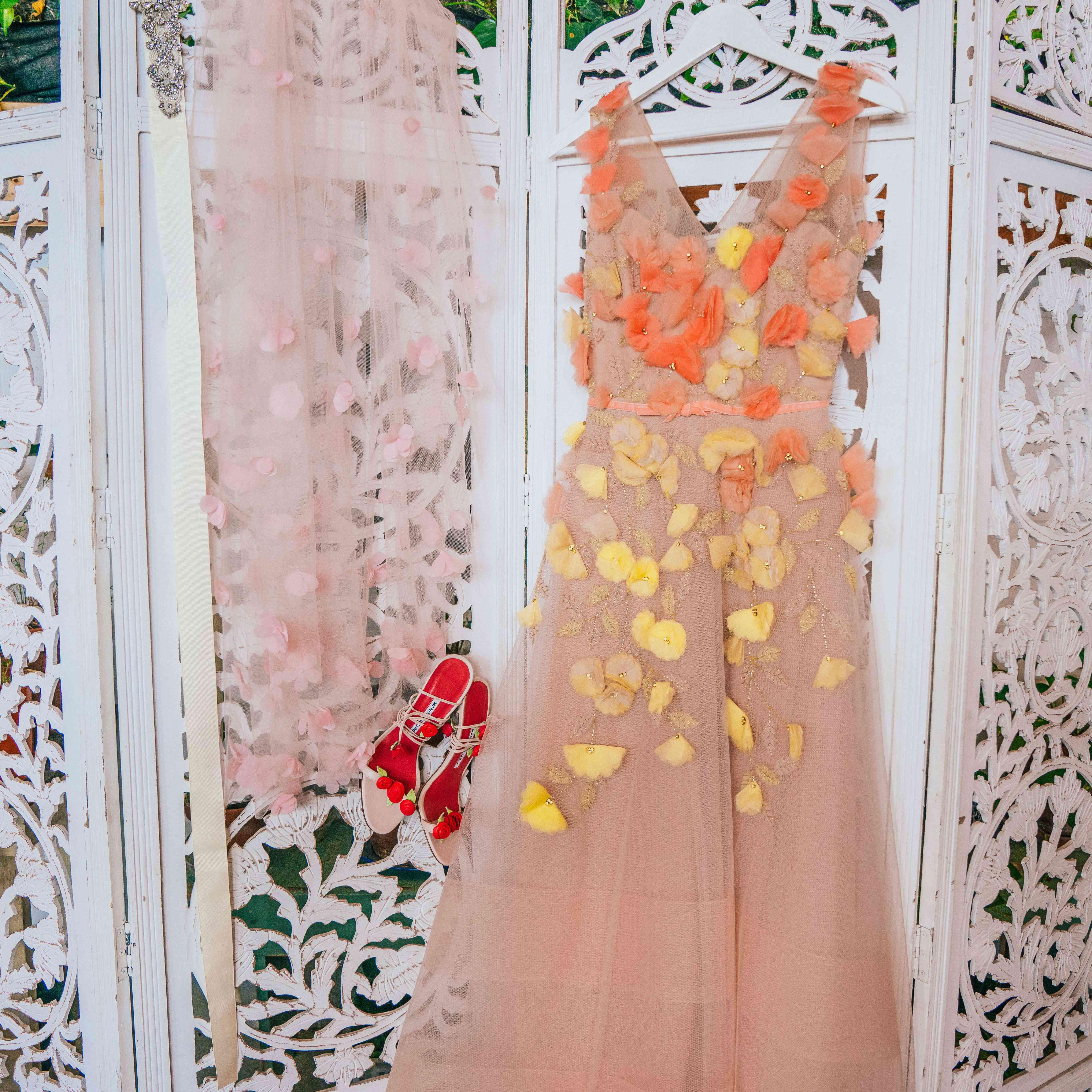 emma myles wedding dress