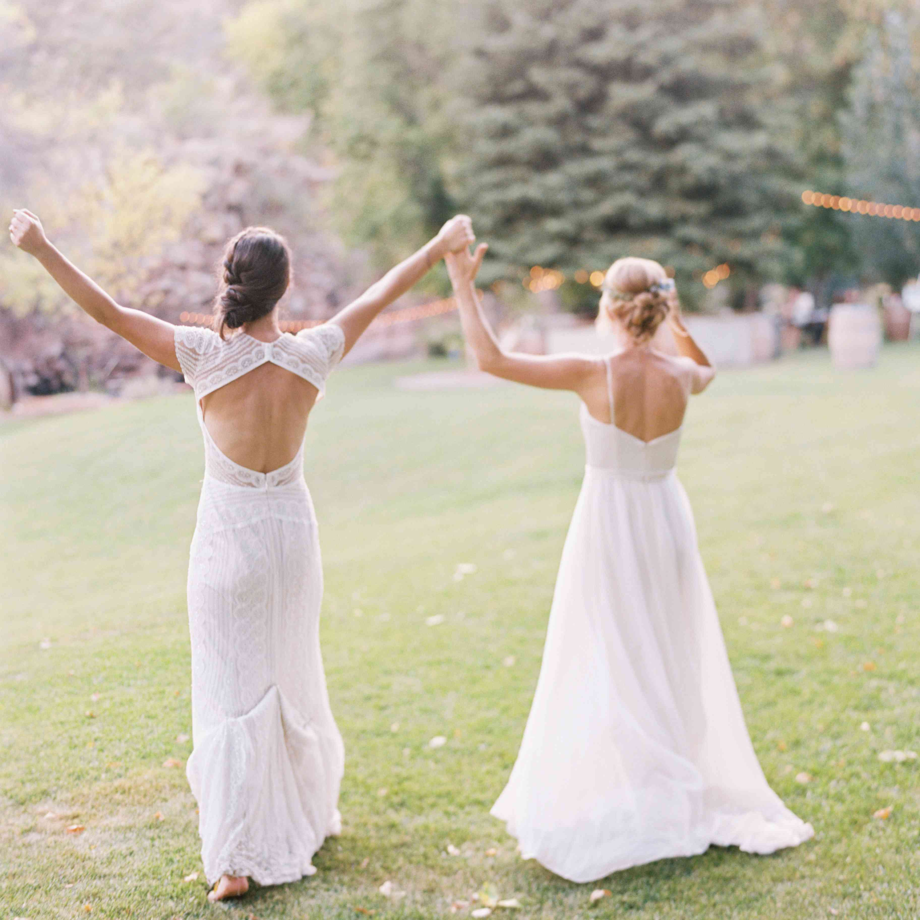 brides at cocktail hour