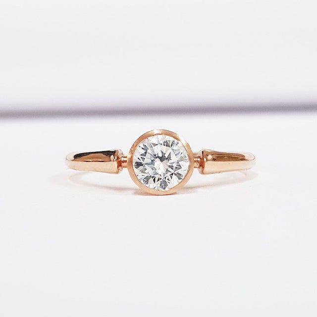 Aardvark Jewellery Lab grown diamond solitaire engagement ring