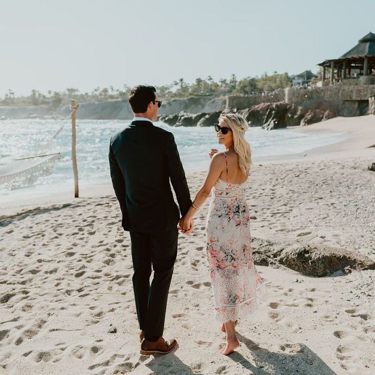 A Guide To Beach Wedding Attire For Men And Women,Summer Elegant African Wedding Guest Dresses