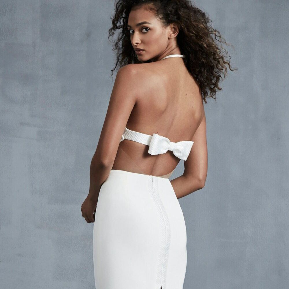 Ines Couer bow back