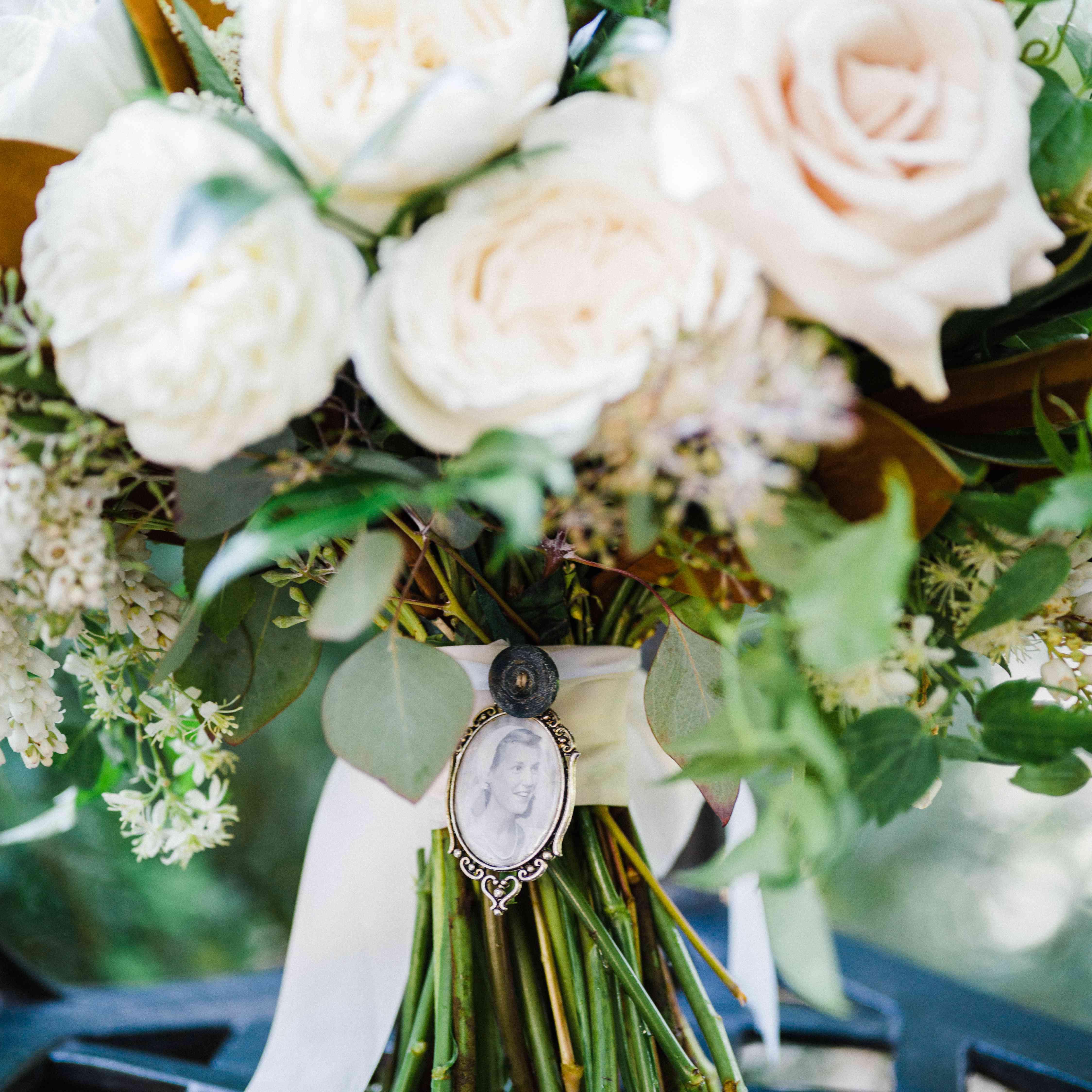 <p>Up-Close Wedding Bouquet</p><br><br>