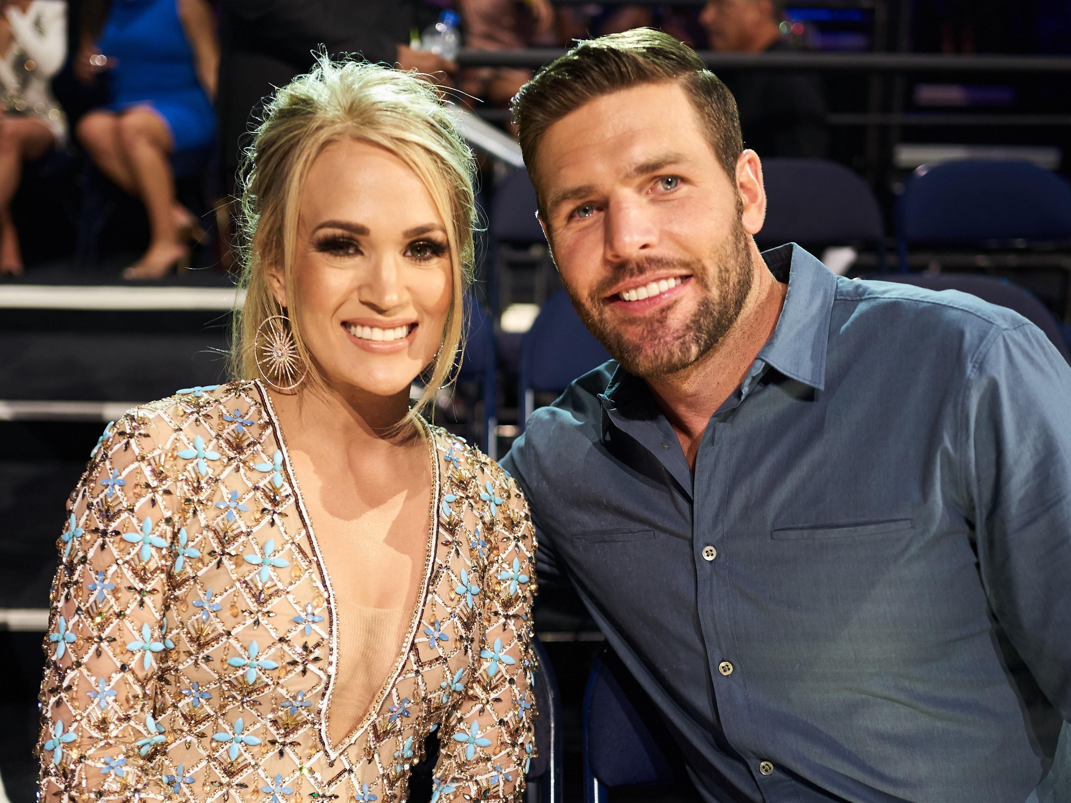 Carrie Underwood S Husband Mike Fisher Posts Adorable Wedding