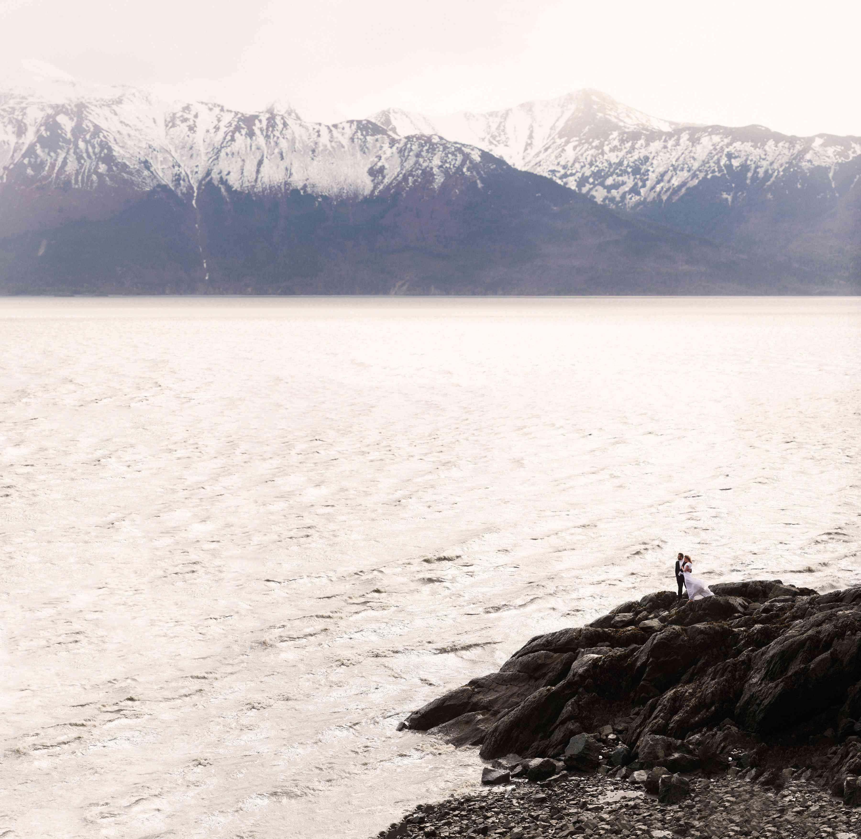 <p>Wedding photo in Anchorage, Alaska</p>