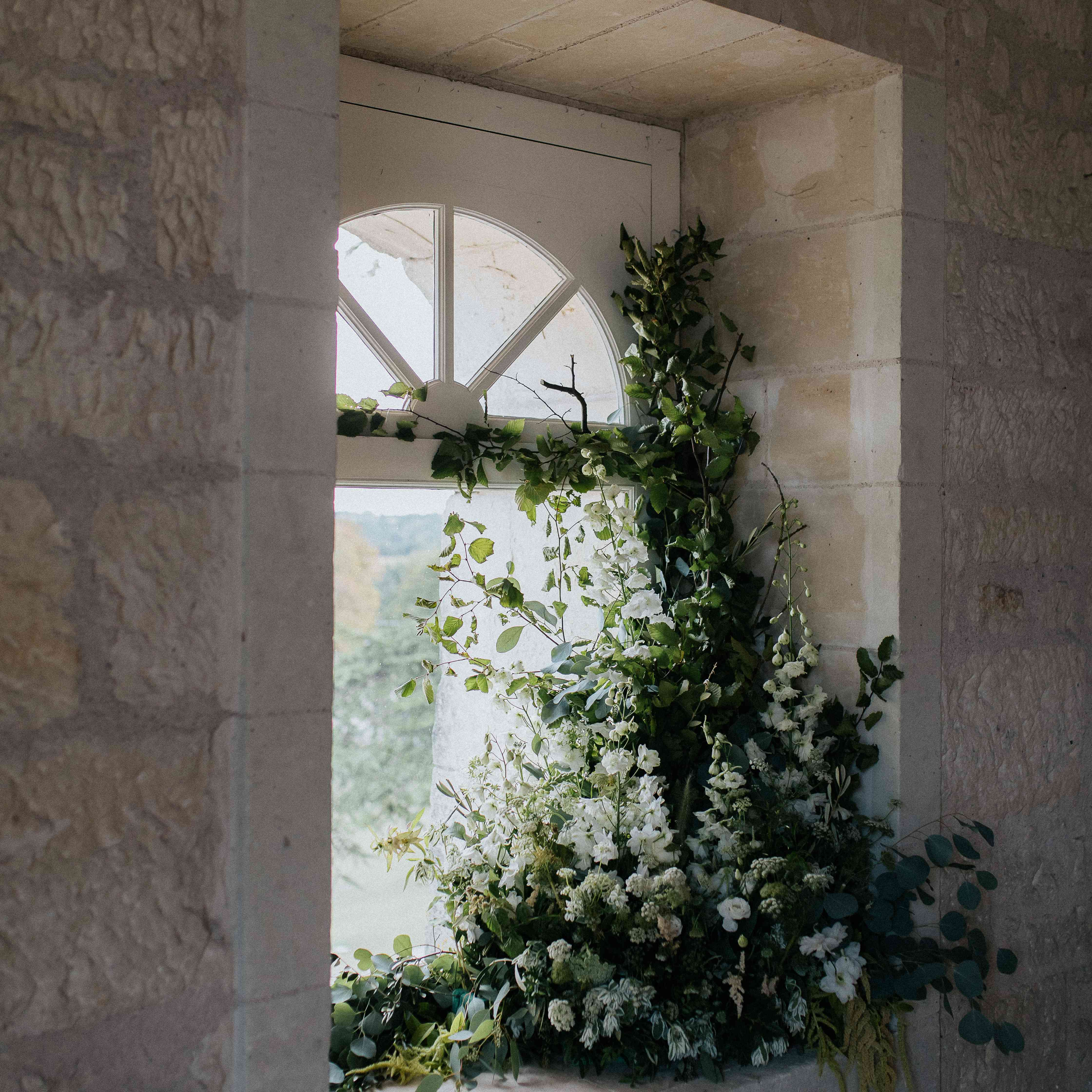 <p>greens and white flowers</p><br><br>
