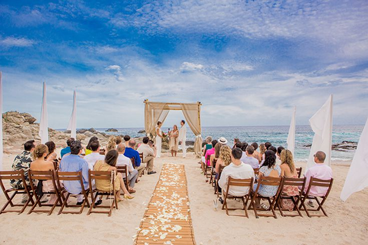 6 Things To Know About A Beach Wedding