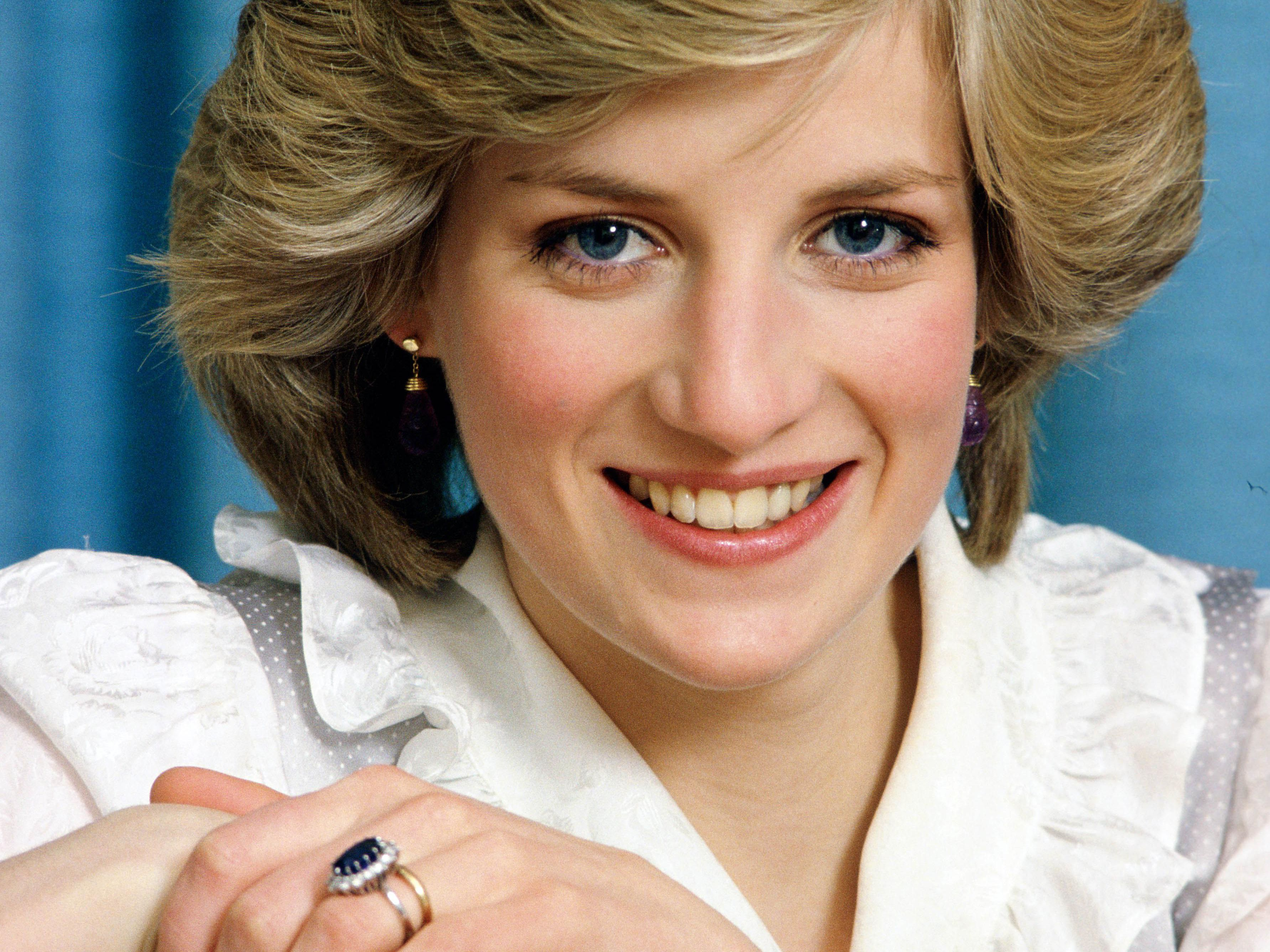 Why Princess Diana S Engagement Ring Caused Controversy Within The Royal Family