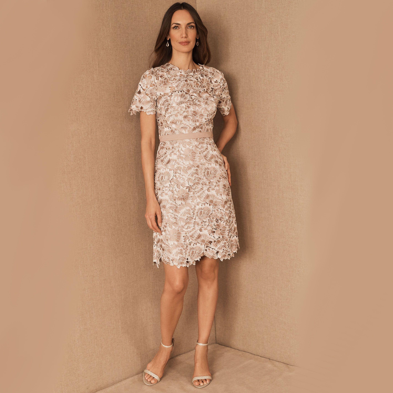 The 25 Best Short Mother Of The Bride Dresses,Famous Carolina Herrera Wedding Dresses