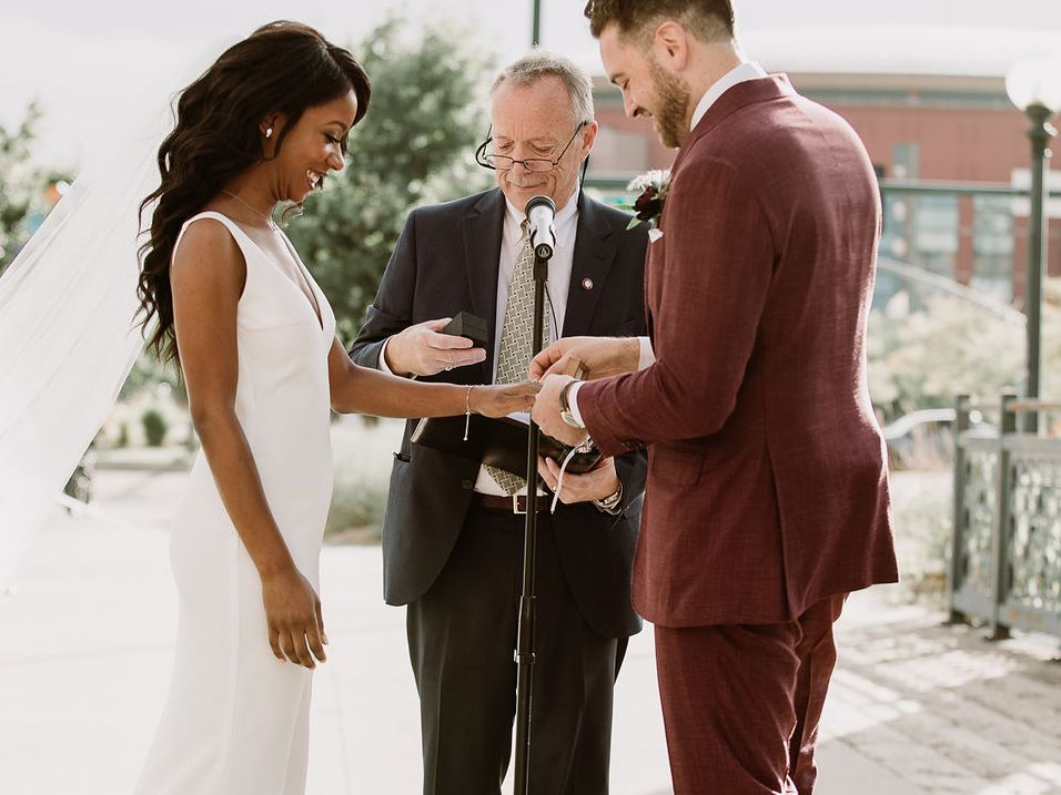 How to Write Ring Exchange Vows: Examples, Tips, and Advice