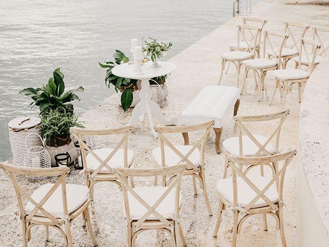 30 Small Wedding Ideas For An Intimate Affair
