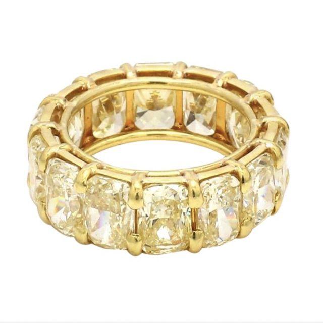 1stDibs 10.98 Carat Fancy Yellow, Cushion Cut Diamond Eternity Band Ring