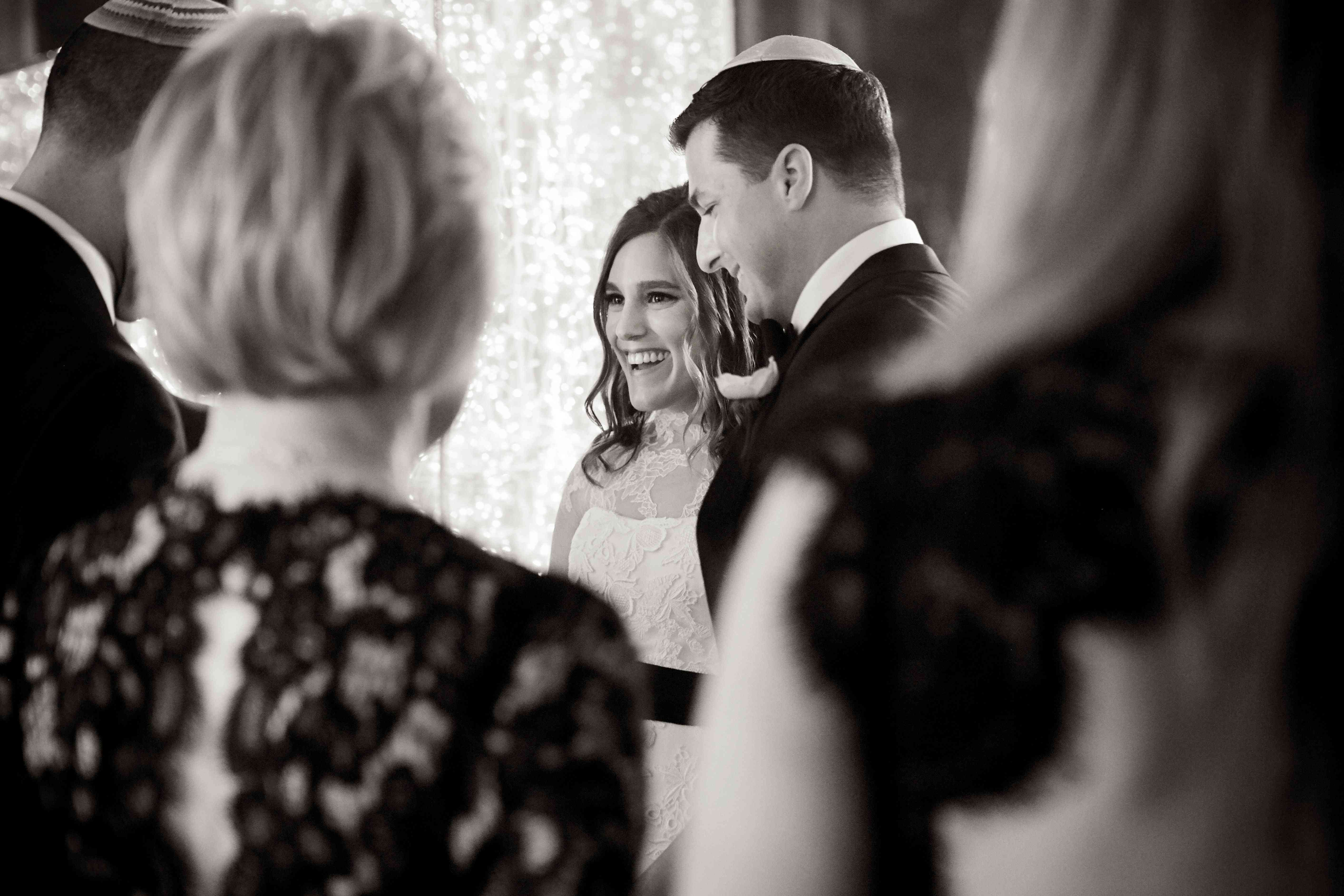 bride and groom at altar jewish cremony