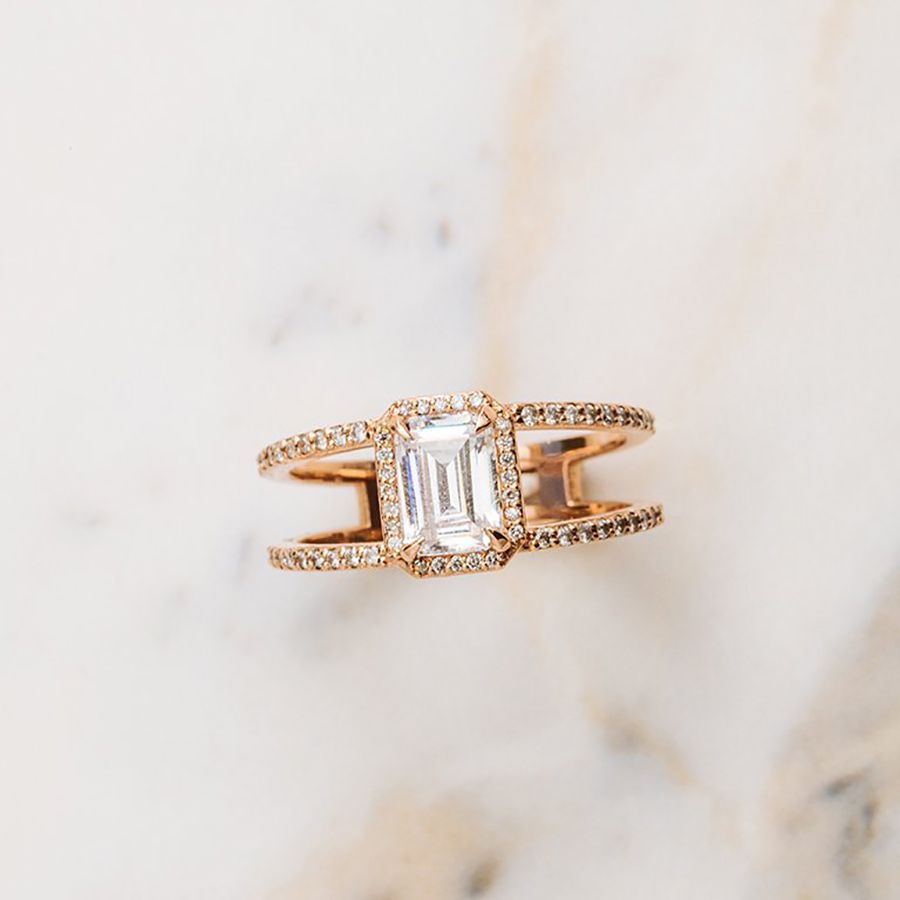 Après The Beatrix Ring in Emerald Cut