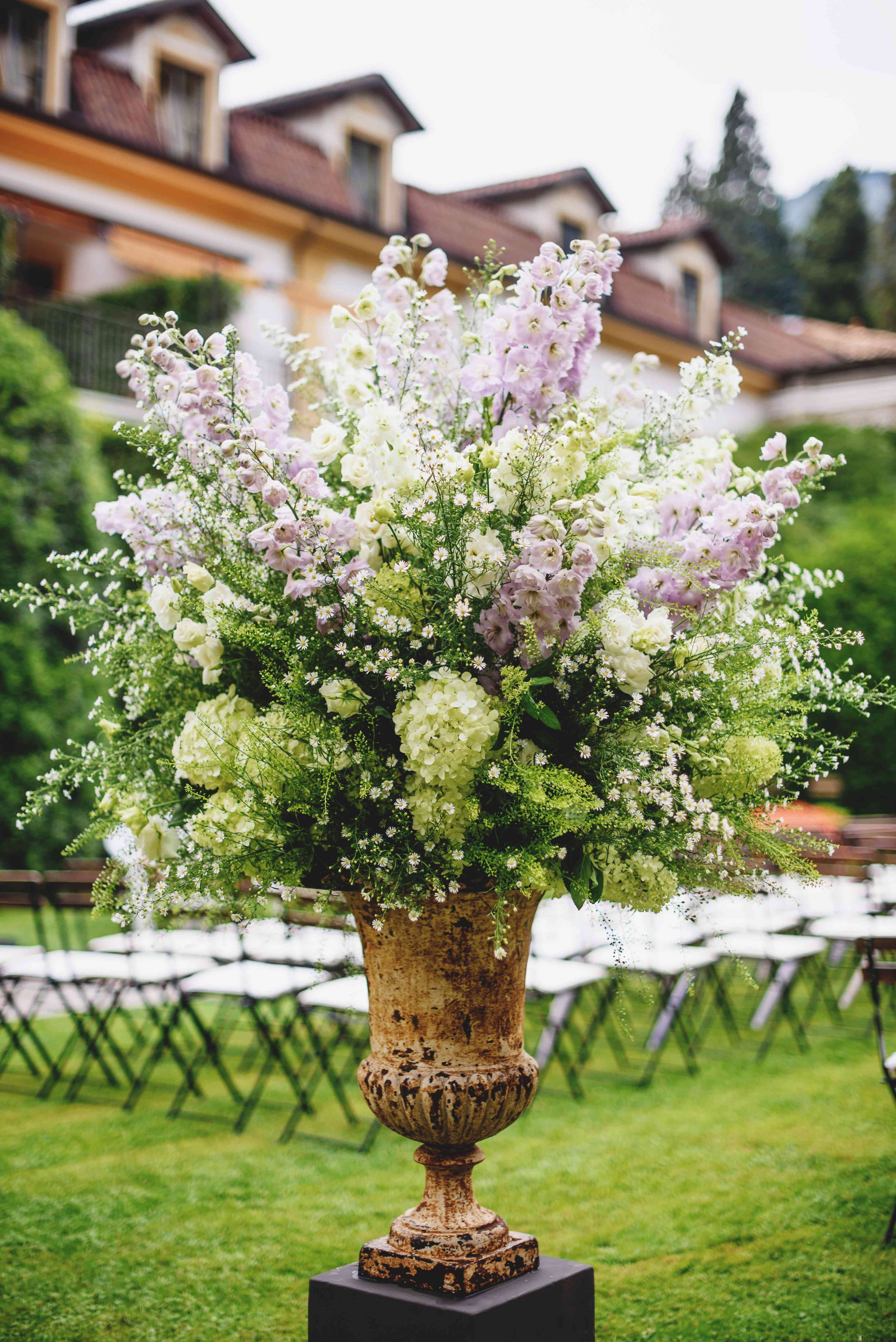 purple and green ceremony flowers