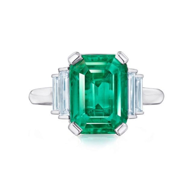 Kwiat Colombian Emerald Ring With Diamonds