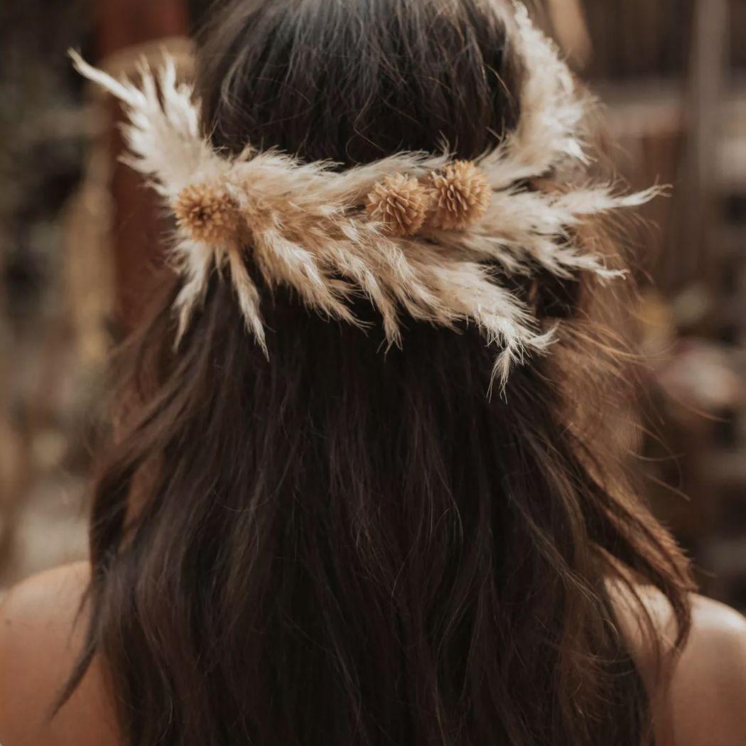 boho hairstyle flower headband warm tones