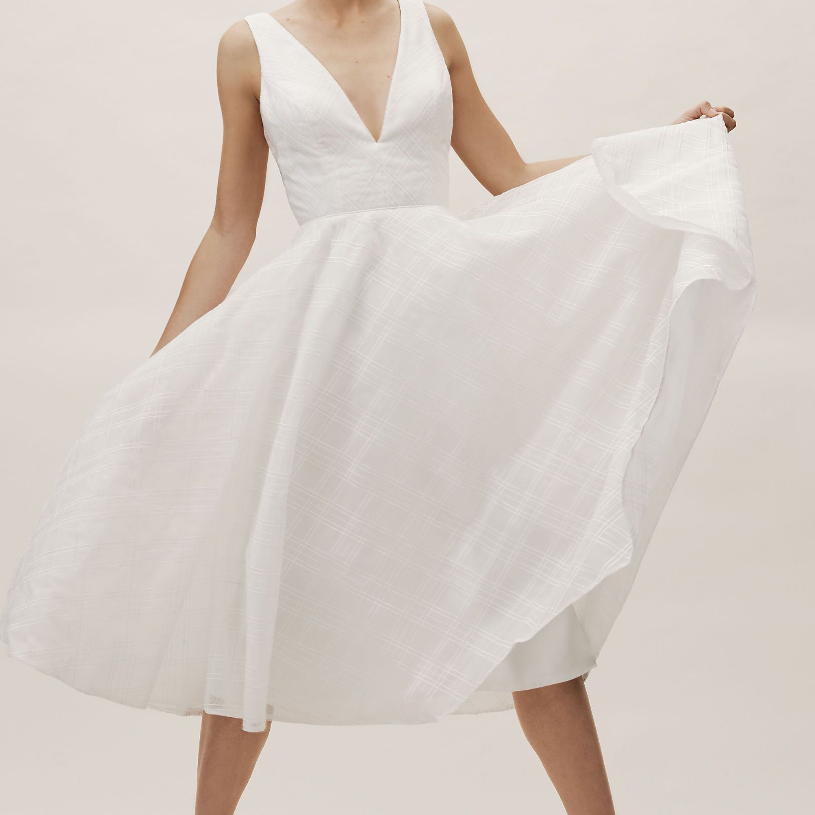 Courthouse Wedding Dress.24 Courthouse Wedding Outfits To Say I Do To