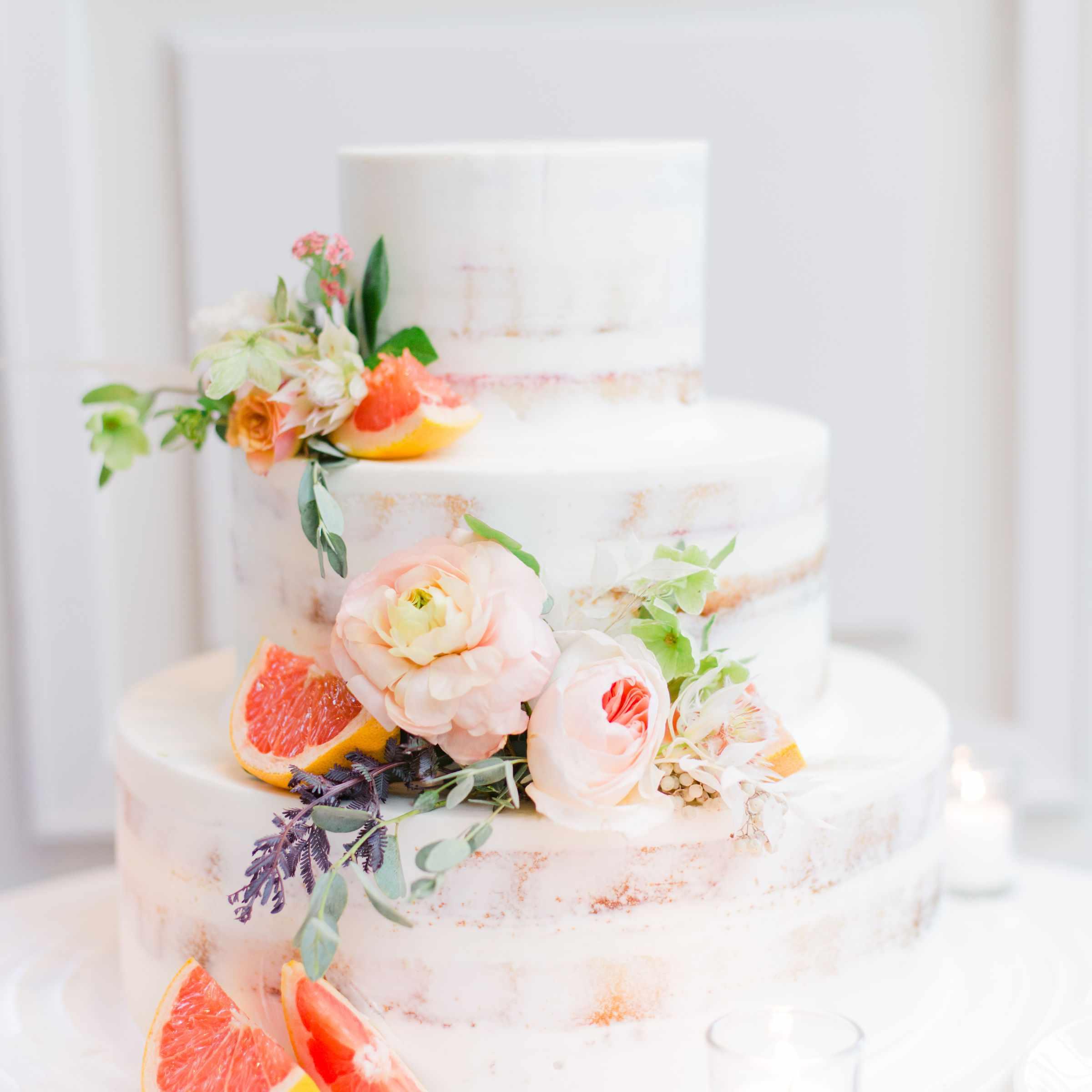wedding cake with grapefruits