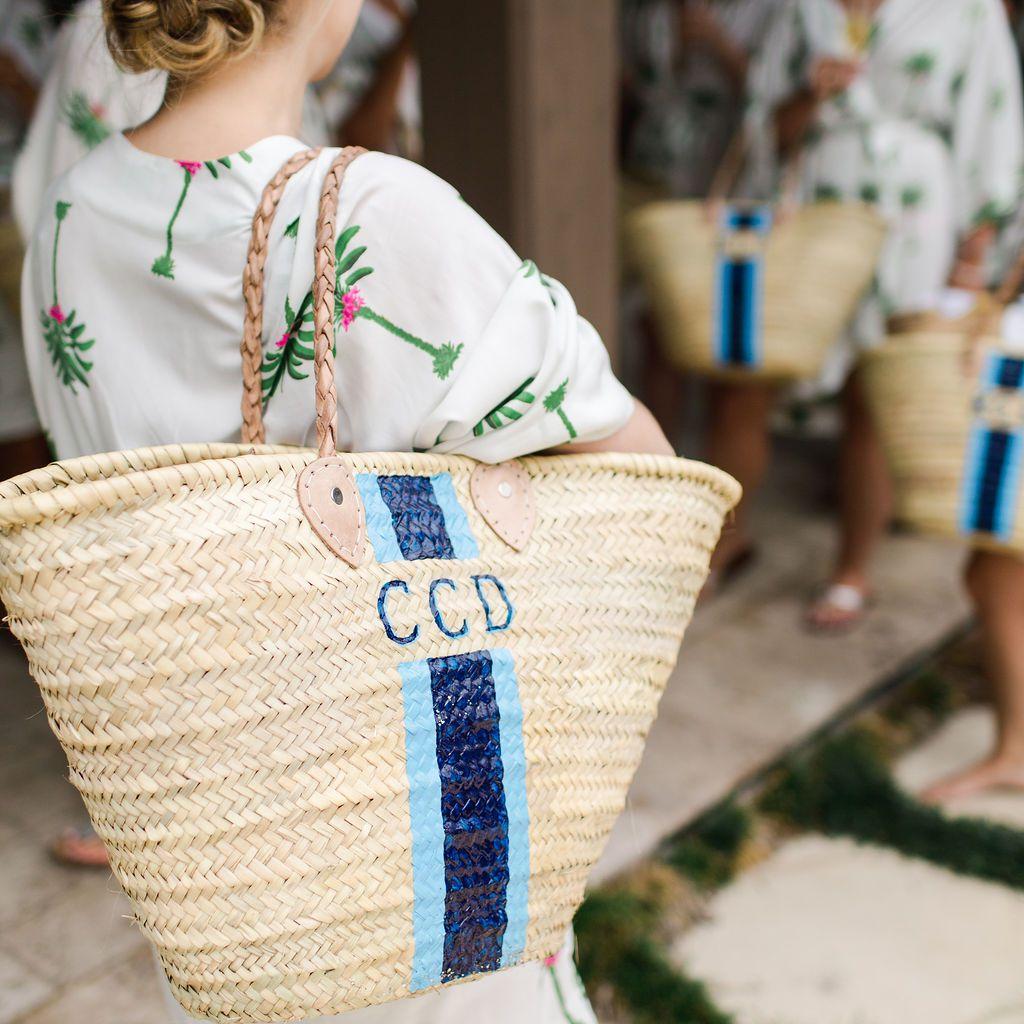 timeless southern wedding, bridesmaids monogram beach bags