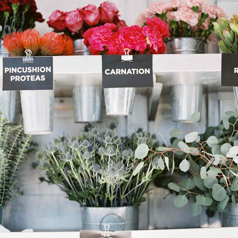 <p>Floral arrangements</p><br><br>