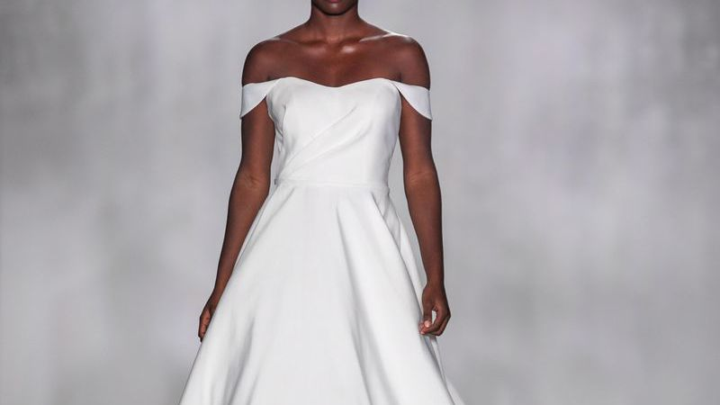 Simple Silk Wedding Dress with Bow Detail - Martina Liana | 450x800