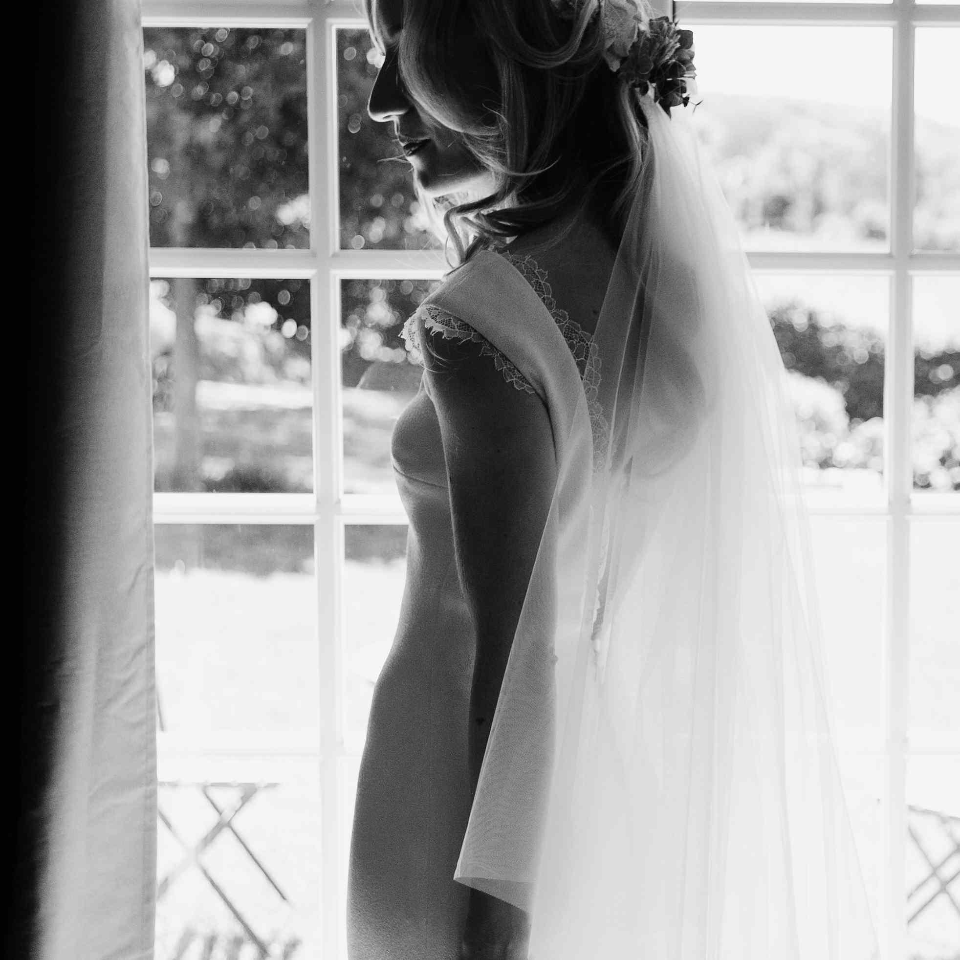 Bride in veil solo shot