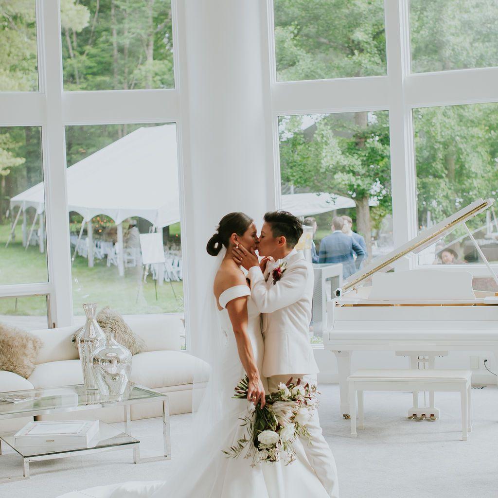 Portrait of the couple kissing