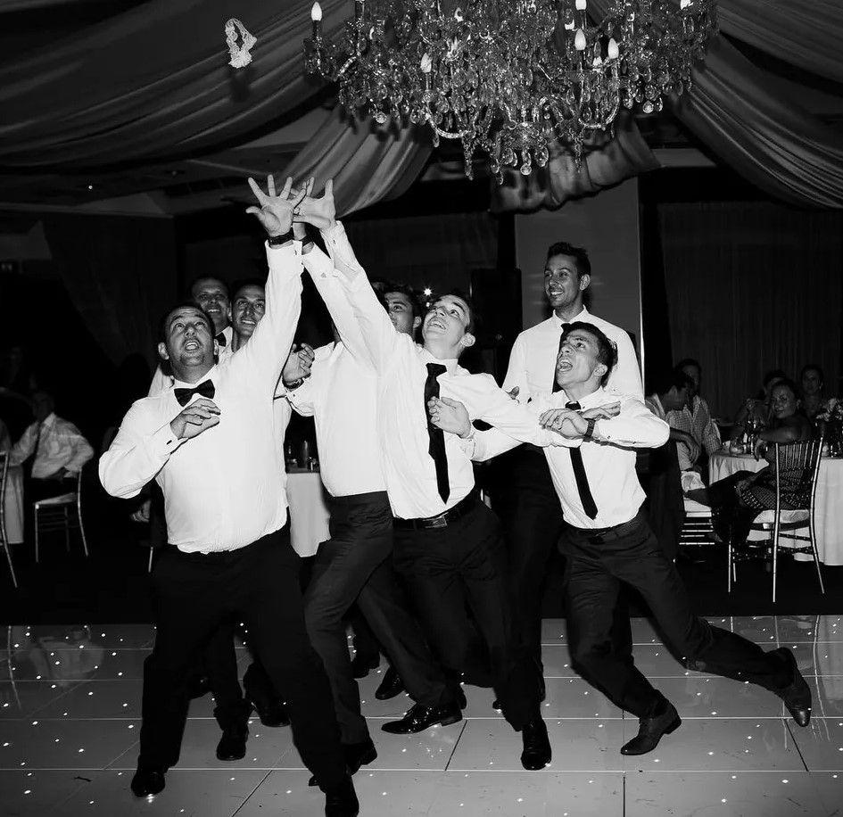 Wedding Dress Garter: 50 Wedding Garter Toss Songs
