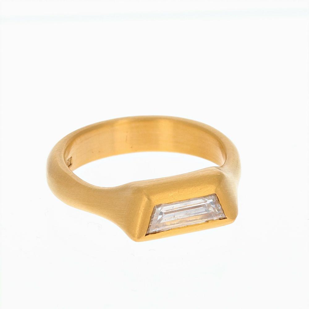 Eli Halili Trapezoid Diamond Ring