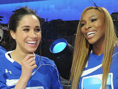 <p><p><p><p>Meghan Markle and Serena Williams participate in the DirecTV Beach Bowl at Pier 40 in New York City.</p></p></p></p>