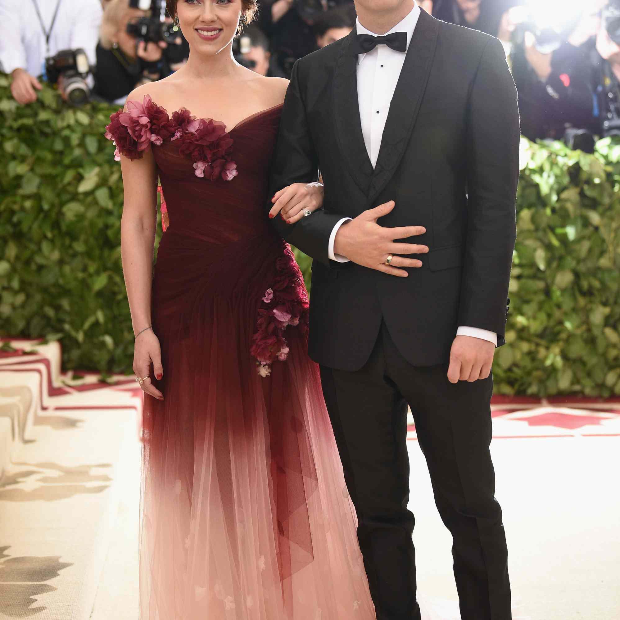 Scarlett Johansson and Colin Jost Met Gala