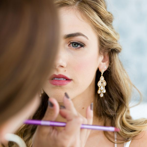 Story Tips For Creating Wedding Website: How To Book Hair And Makeup Artists For Your Destination