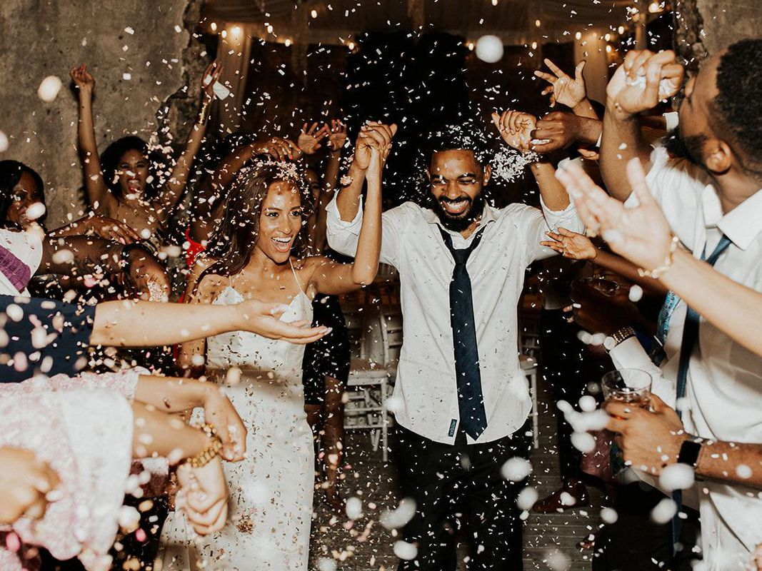The 30 Wedding Photos You Need To Take