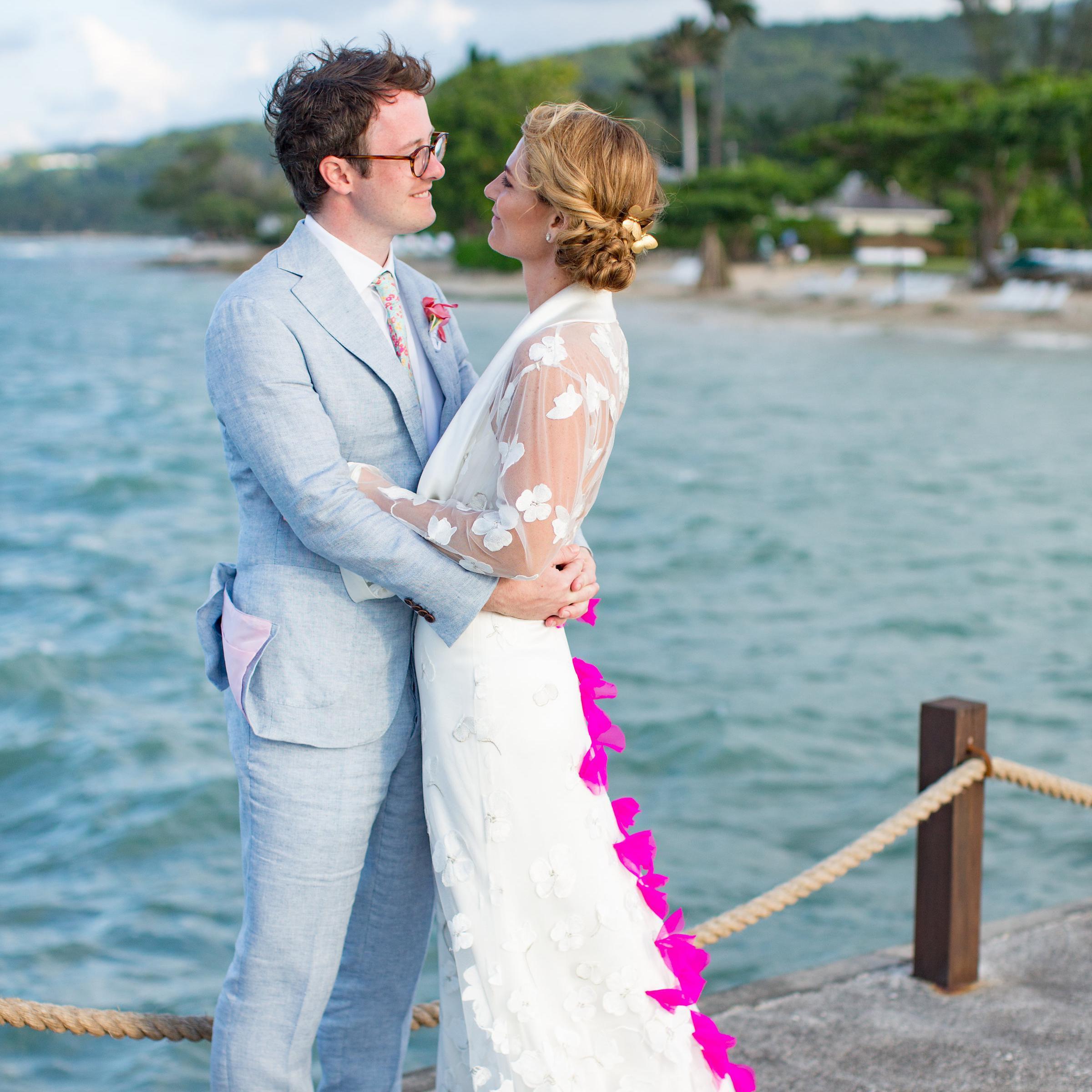 Elizabeth Fillmore Orchid Wedding Dress New Size 6 840