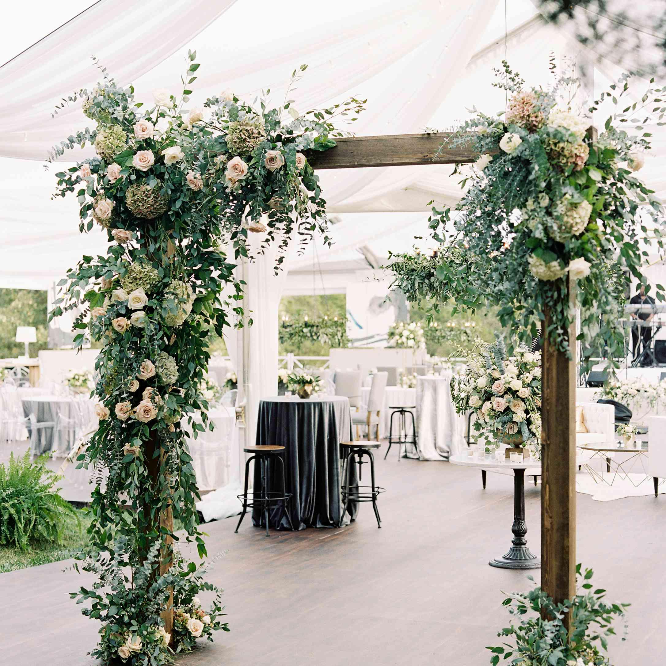 <p>Floral backdrop</p><br><br>