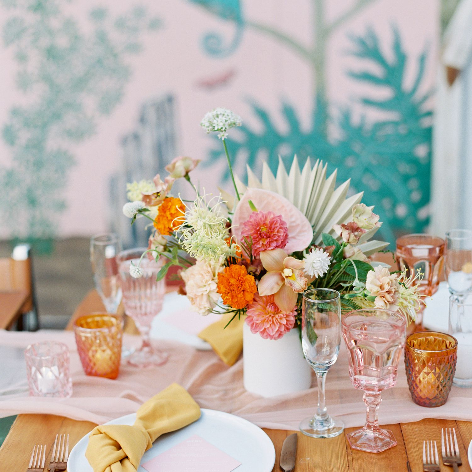 6 Spring Wedding Color Palettes That Are Hot Right Now