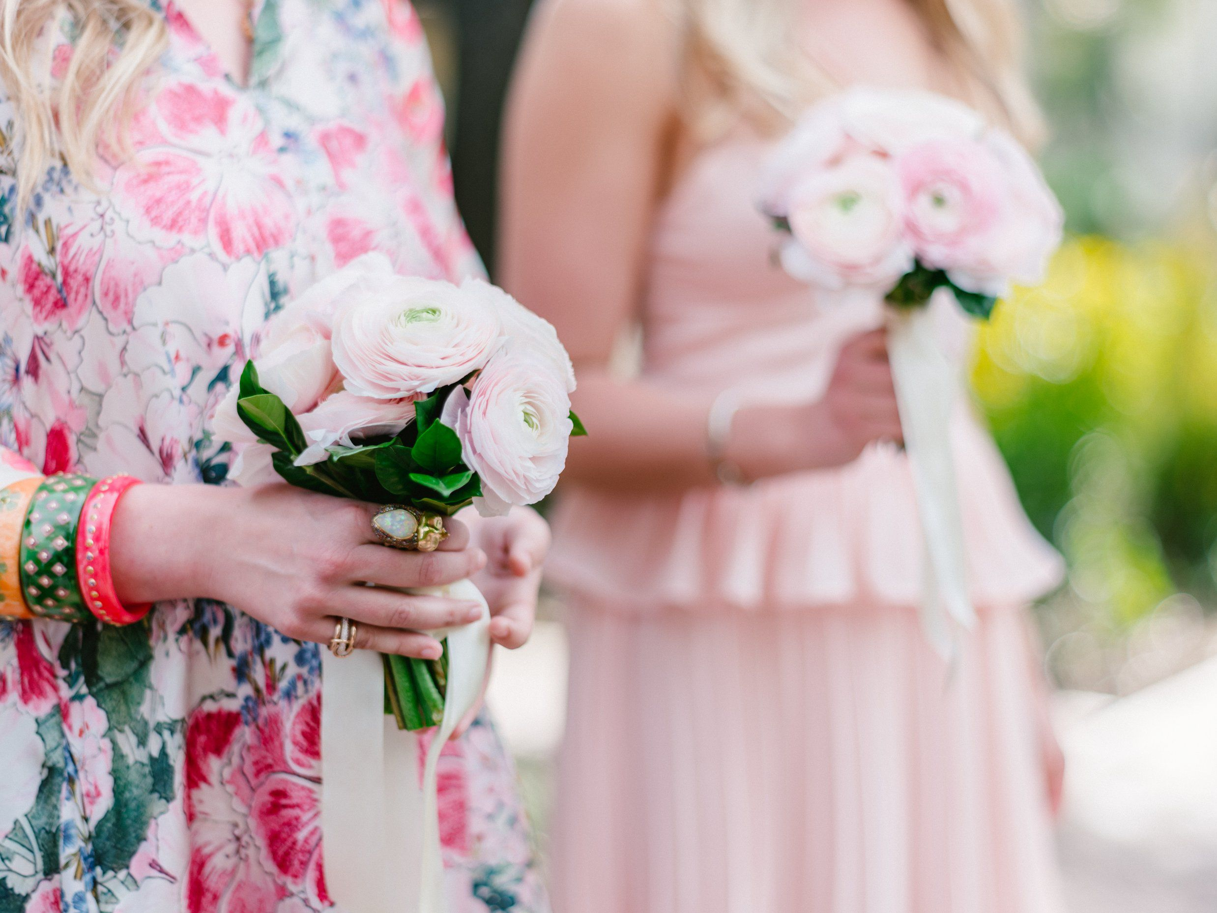 How to Make Your Maid of Honor Stand Out From the Rest of Your Bridal Party