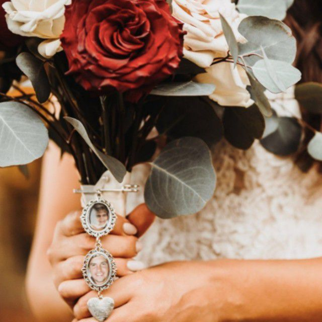 a memory charm on a bouquet