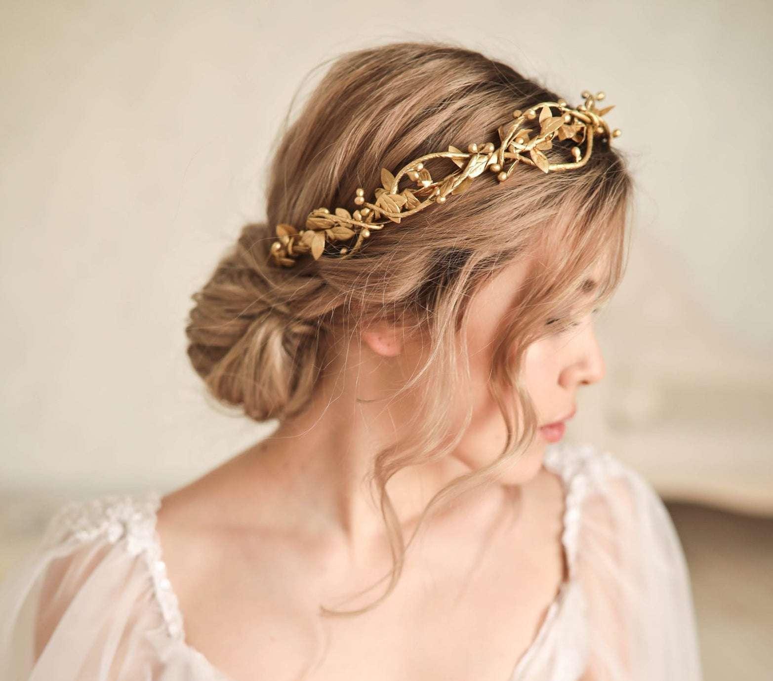 Large bridal comb Big golden crystal Hair Comb with pearls Bride tiara Princess Art Deco headpiece Tiara wedding hair comb