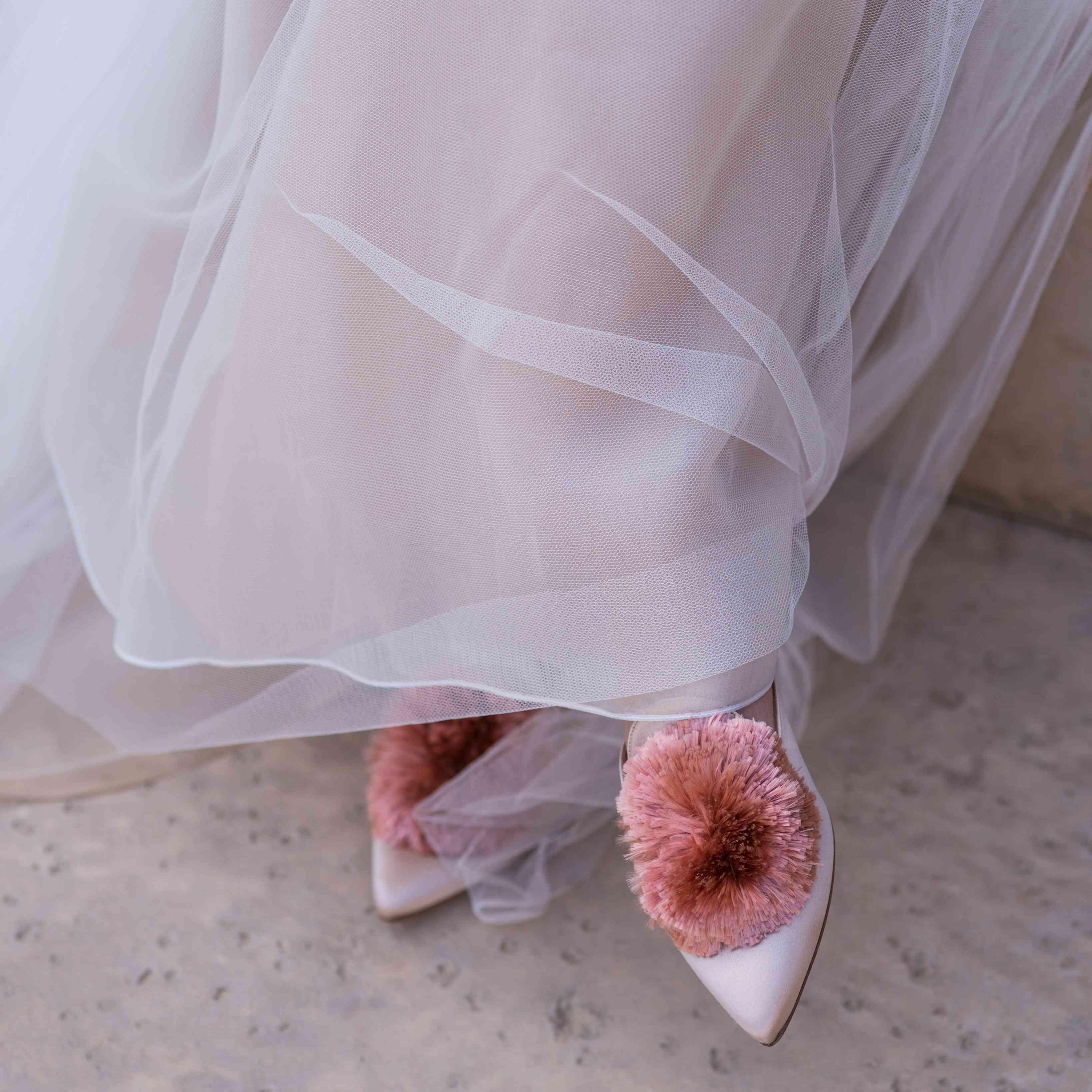 <p>pom pom wedding shoes</p><br><br>